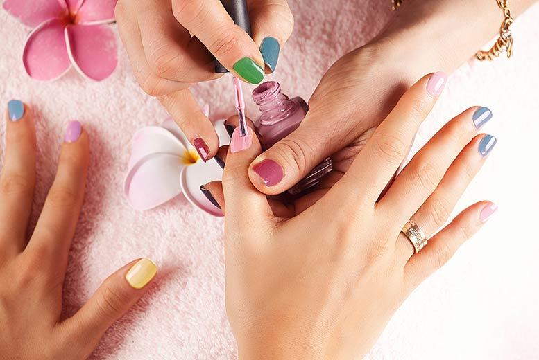 £19 (from Centre of Excellence) for an online nail technician course - save 93%