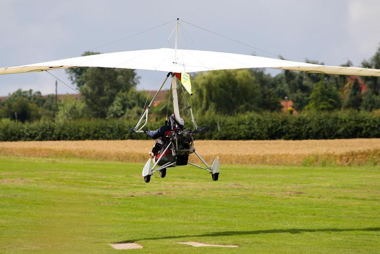 Derby: 1hr Microlight Flight Experience, Worksop from £39
