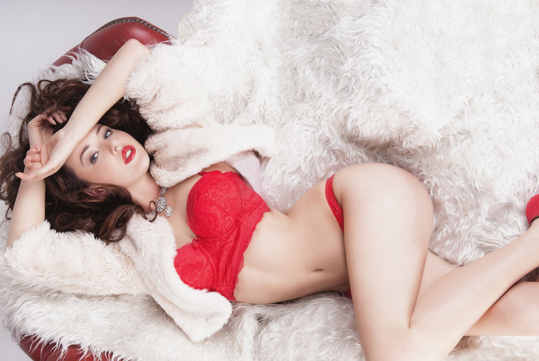 "£12 instead of £145 for a boudoir photoshoot including an A4 2016 calendar, two 6"" x 4"" prints and one 5"" x 7"" print at Print Art for U, Mile End - save 92%"