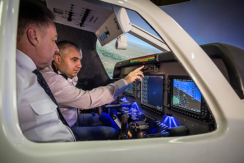 £39 for a 30-min flight simulator experience for up to four with a professional pilot, £69 for 60 mins or £89 for 90 mins with SoftekSim, Birmingham - save up to 51%