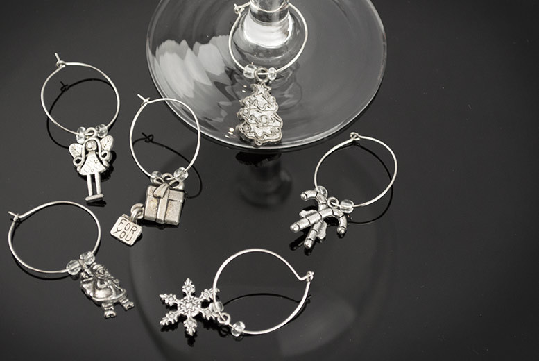 £4 instead of £9.99 (from Urshu) for a pack of six Christmas wine glass charms - add a festive accessory to your drink and save 60%