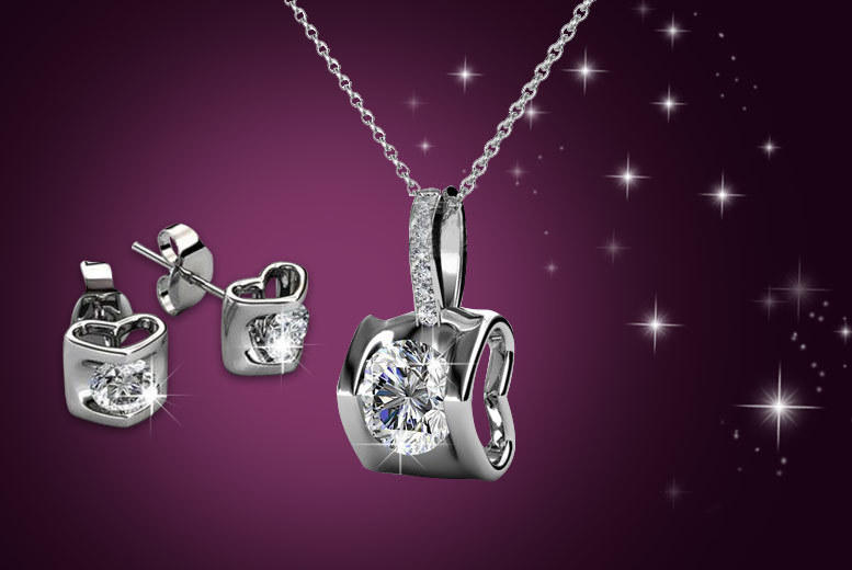 £9 instead of £196.01 (from My Boutique Store) for an 18k white gold-plated duo set made with Swarovski Elements - save 95%