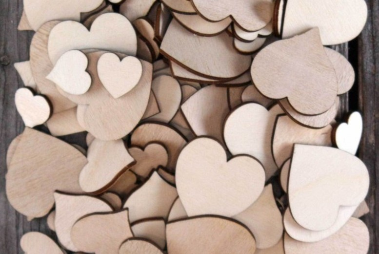 £2 instead of £15 (from Alvi's Fashion) for a pack of 50 plywood hearts, or £4 for 100 - save up to 87%