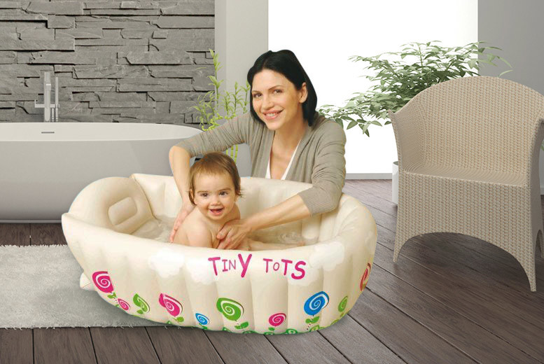 £8.99 instead of £22 (from Sashtime) for a cream inflatable baby bath with heat sensor - save 61%