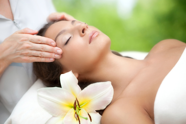 Edinburgh: 1hr Indian Head Massage @ Liberi Therapies, Edinburgh City Centre from £15