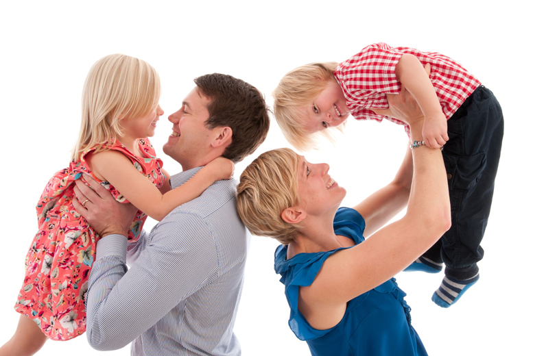 £9 instead of £60.97 for a family photoshoot for up to five people including three 7\
