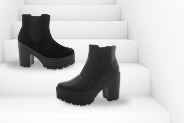 £15 instead of £59.99 (from Solewish) for a pair of stylish platform Chelsea boots in faux leather or faux suede - save 75%