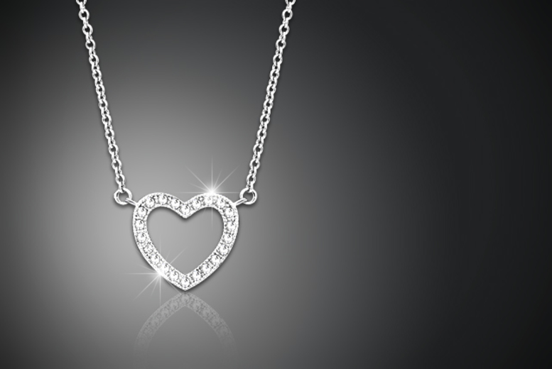 £5 instead of £75 (from Jewel Unique) for an 18ct white gold-plated pavé heart pendant necklace made with Swarovski Elements - save 93%