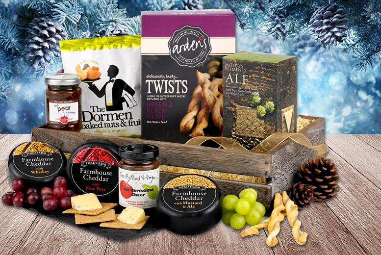 £29.99 instead of £67.99 for a luxury cheese lovers' Christmas hamper - save 56%