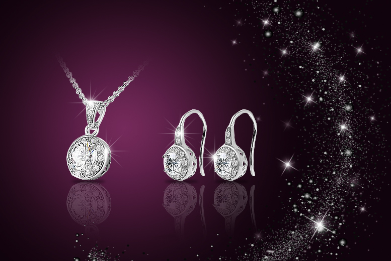 £8 instead of £129 (from Your Ideal Gift) for a solitaire pendant and 18k white gold-plated earring set made with Swarovski Elements - save 94%