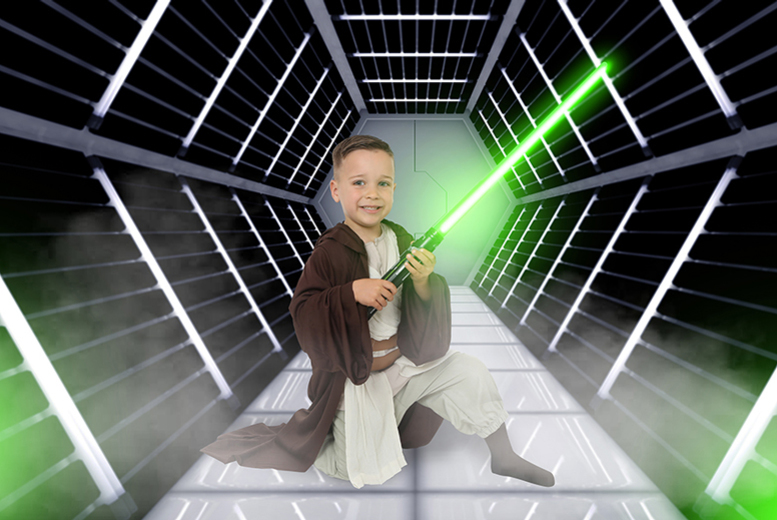 £9 instead of £110 for a Star Wars or superhero-inspired photoshoot for up to two children inc. two 7\