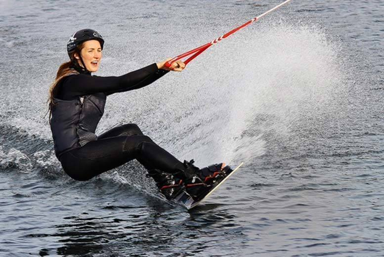 Birmingham: Beginners' Wakeboarding Session @ Wakelake, Staffordshire from £15.95