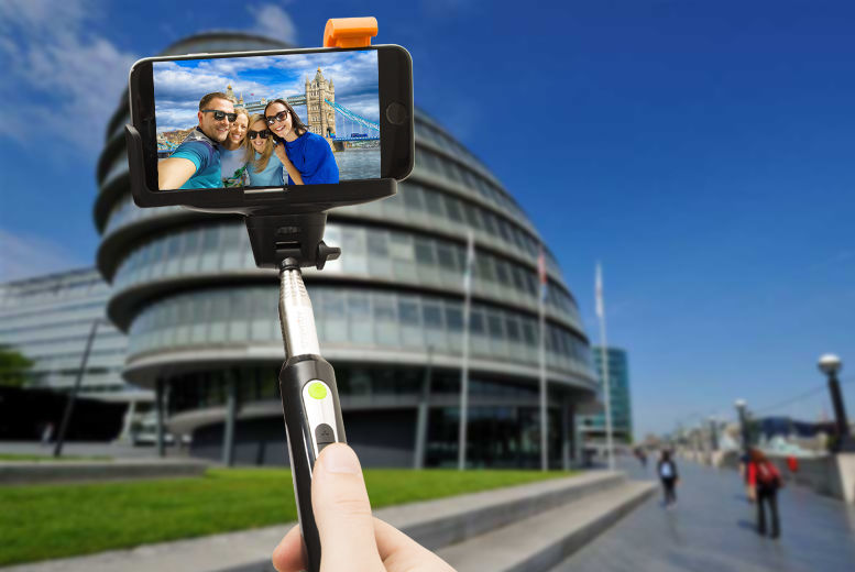 Bluetooth Selfie Stick & Zoom Control for £2.99