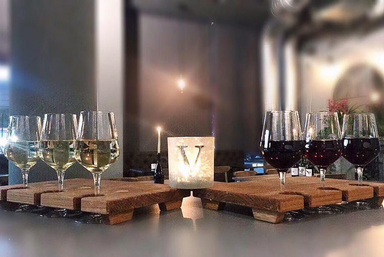 Glasgow: Wine Tasting, Bread & Olives for 2 @ Villiers & Co, Glasgow for £14