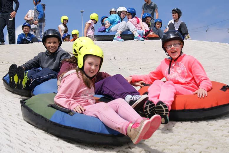 Glasgow: 1hr Tubing, Ski or Snowboard for 2 @ Newmilns from £9