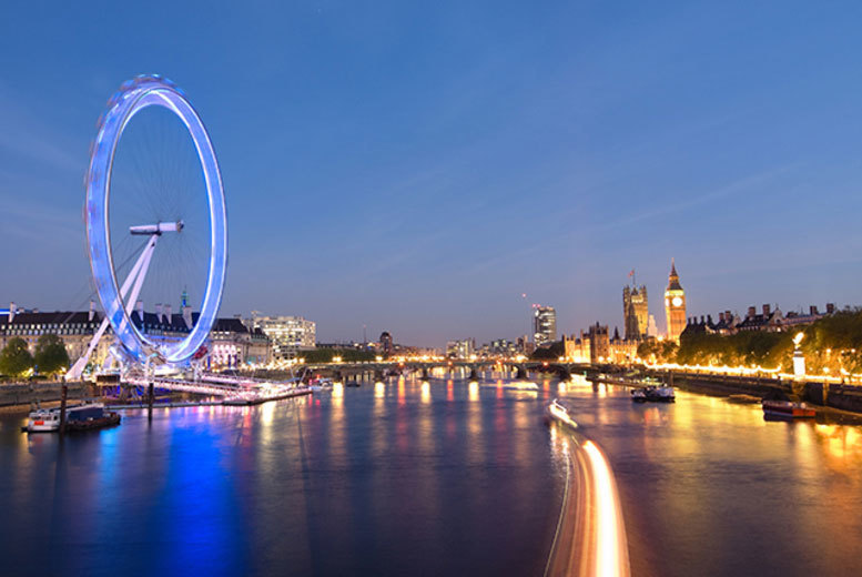 London: 4-Course Thames Cruise Dining for 2 – Live Music, Wine & Bubbly! for £79
