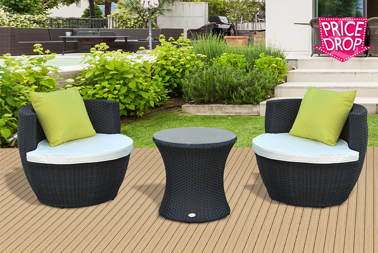 3pc Rattan Vase Chair Set for £169