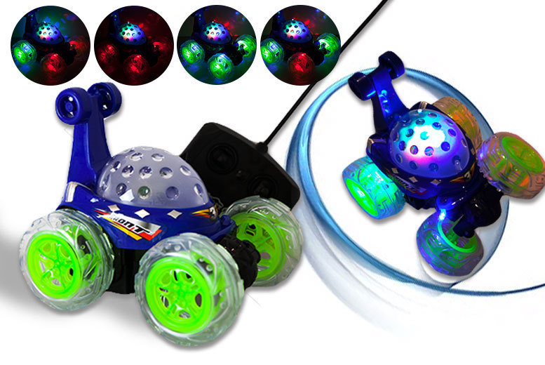 Turbo Monster RC Stunt Car With Flashing Lights – 2 Colours! for £14