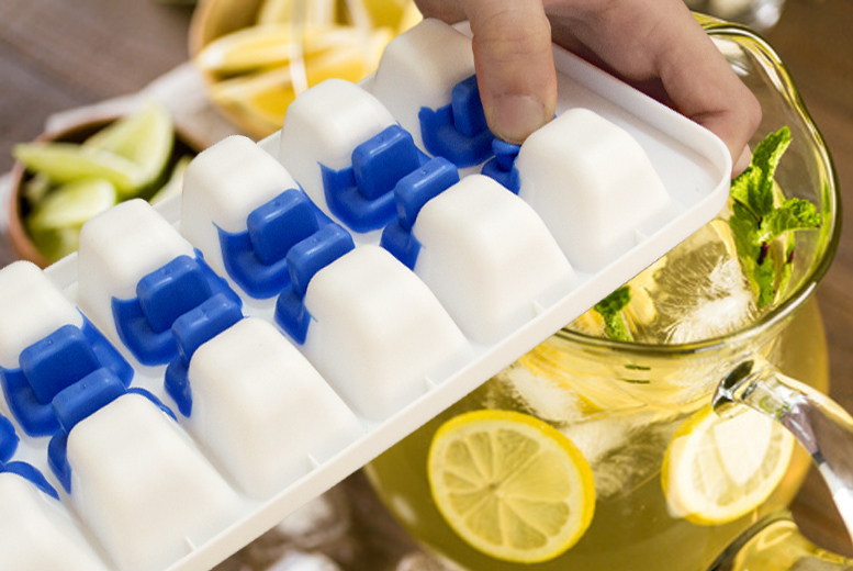 No-Spill Ice Cube Tray & Silicone Lid from £4.99
