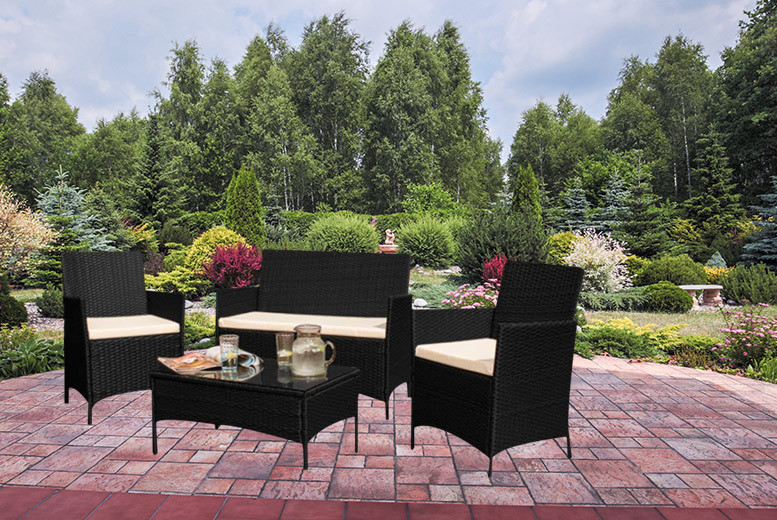 £129 instead of £580 for a rattan garden furniture set - choose from black or brown and save 78%