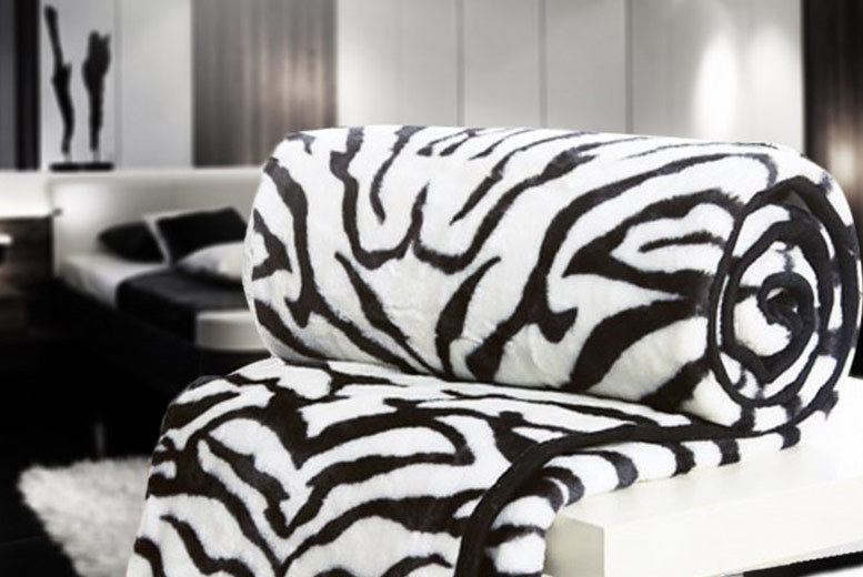 Animal Print Mink Throw – 3 Designs! for £11