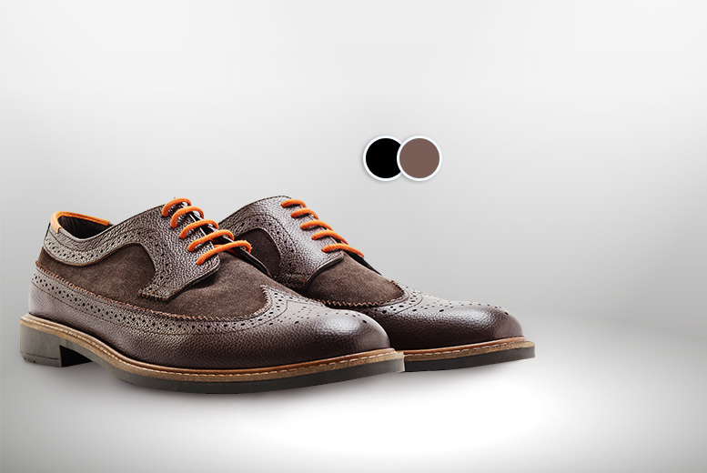 £29.99 instead of £137.99 for a pair of men's two-tone Gibson brogues - choose from black and brown designs and save 78%