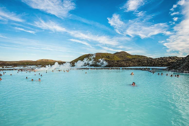 2 or 3nt 4* Luxury Iceland, Spa Access, B'fast and Flights