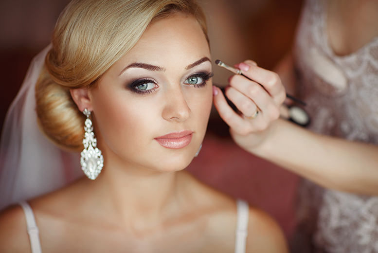 2hr Bridal MAC Makeup Masterclass & Bubbly for 1 or 2 | Nottingham