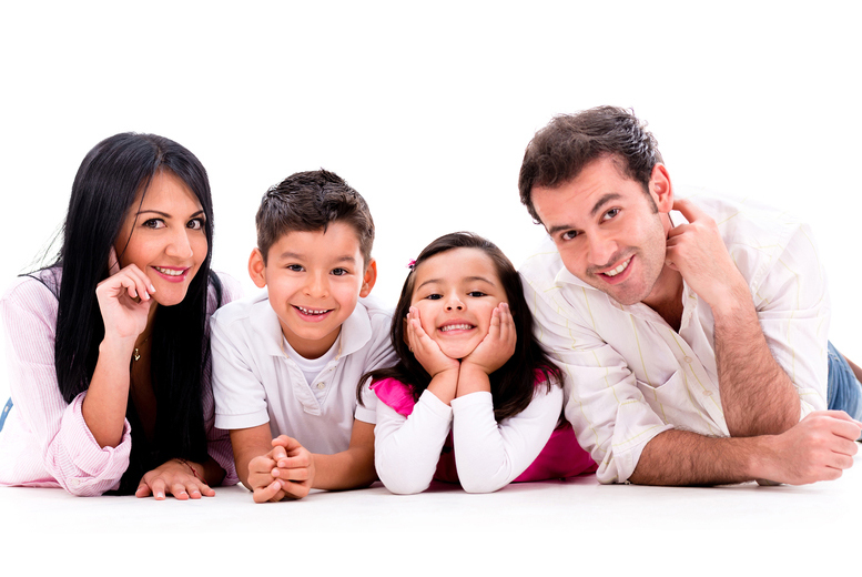 £9 for a one-hour family photoshoot for up to 20 people at Trendy-Art - save 93%