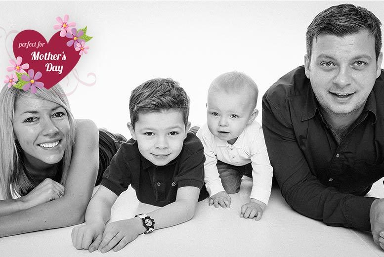 £14 for a family photoshoot for up to five people including a mini makeover for mum and a digital image at GAP Photography, Shepherd's Bush