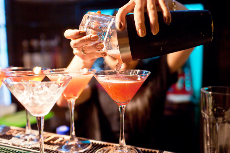 £16 for your choice of six cocktails to share between two or four people at Encore Lounge, Richmond - save 70%