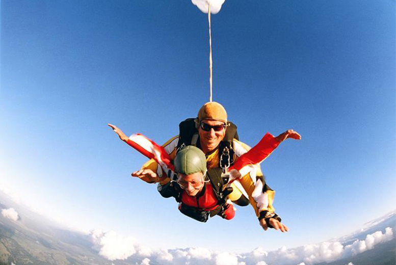 £249 (from Buyagift) for a tandem skydive including safety briefing and equipment - choice of 10 locations!