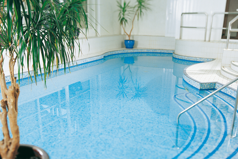 £34 for a spa day with spa access, two 25-minute treatments and lunch, £59 for two people at Juvenate Health & Leisure Club @ Jurys Inn, Oxford - save up to 61%
