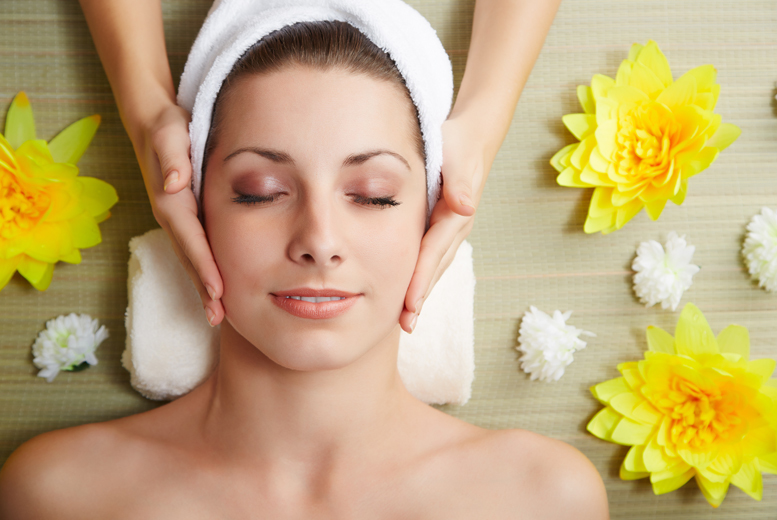 £29 instead of £110 for a pamper package for two people including a Swedish massage, a facial and a glass of bubbly each at California Beauty, Glasgow - save up to 74%