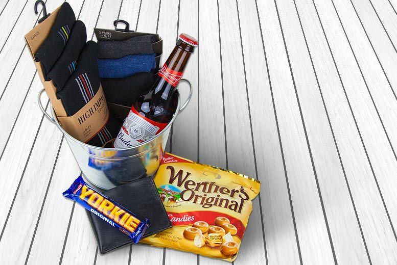 The Best Deal Guide - Luxury Christmas Hamper 'For Him' - Beer Bucket, Socks & More!