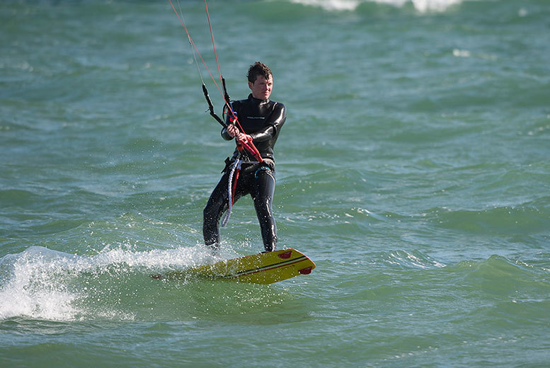 £24 instead of £50 for a two-hour Level 1 group kitesurfing lesson for one, £47 for two with The Kite, Surf & Sup Co., Brighton - save up to 52%