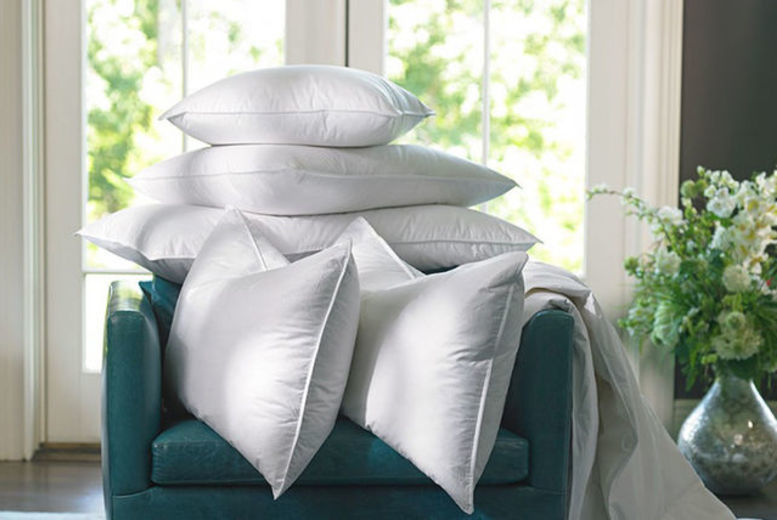 4 Luxury Duck Feather & Down Pillows for £18