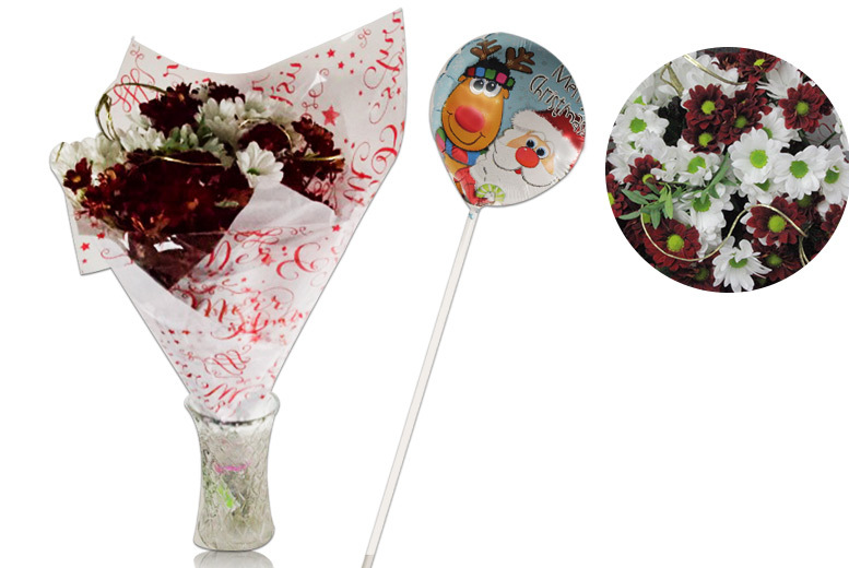 Holly Jolly Christmas Bouquet and Balloon Set for £19.99