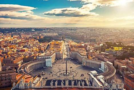 From £89pp instead of £173.71pp (from Weekender Breaks) for a 2nt 4* Rome break including return flights, or from £129pp for a 3nt break - save up to 49%