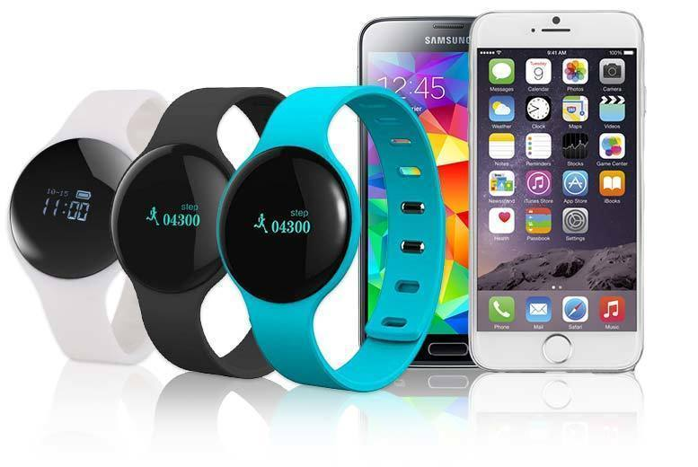 Lunar Smart Sports Watch – 3 Colours! for £14