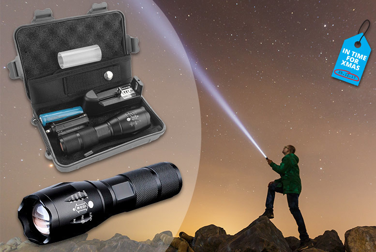 The Best Deal Guide - Military Style Flashlight w/ Accessories Box