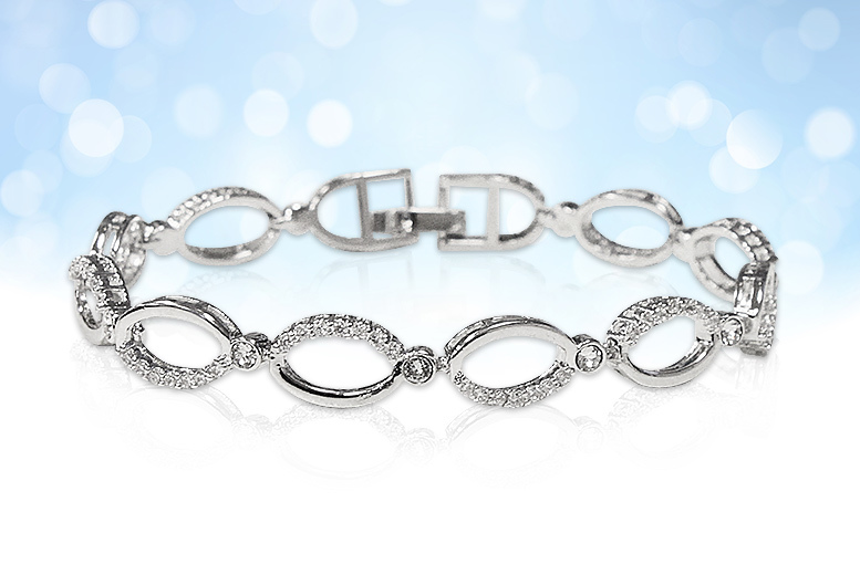 Multi-Linked Chain Bracelet Made with Crystals From Swarovski® for £12