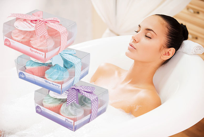 Cupcake Bath Bomb Set of 12 – 3 Scents! for £8