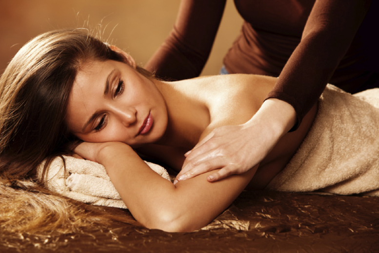 1hr Swedish Massage with 30min Indian Head Massage Option