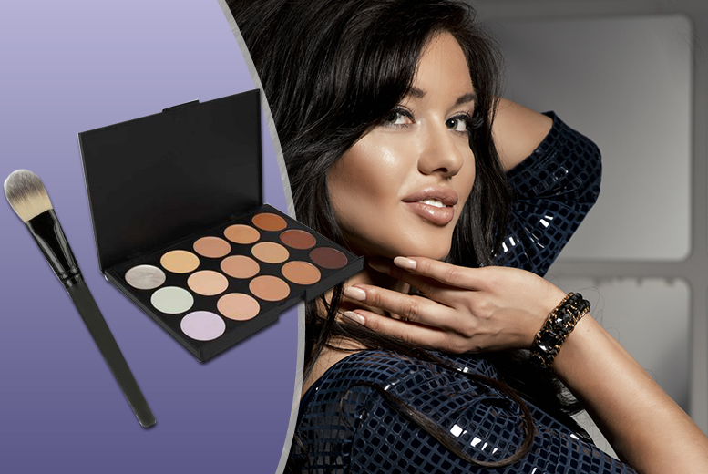 £3.98 instead of £17.99 for a 15-shade concealer contour makeup palette and soft foundation brush - save 78%