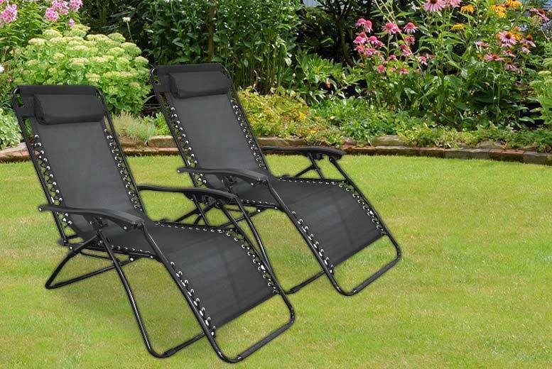 2 Reclining Zero Gravity Chairs – 2 Colours! for £45
