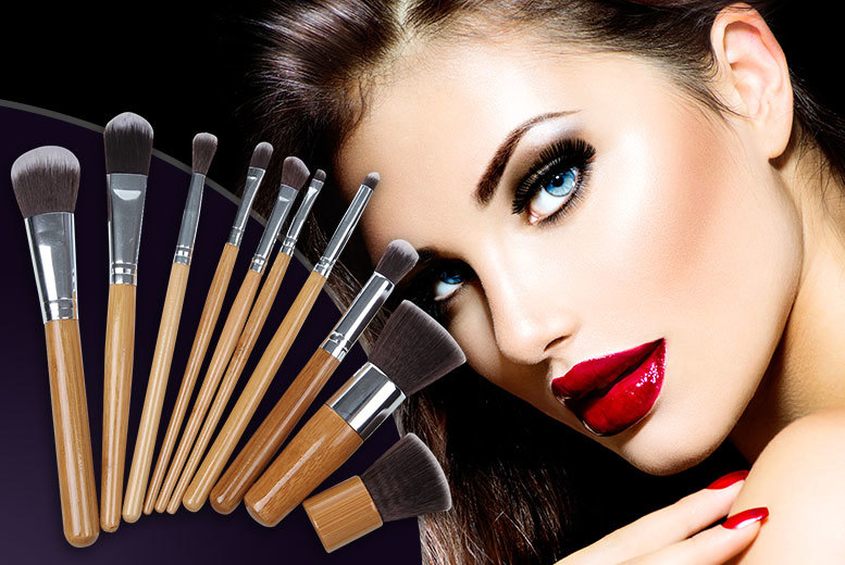 £6.99 instead of £59.99 (from SalonBoxed) for a 10-piece set of bamboo makeup brushes - upgrade your cosmetics kit and save 88%