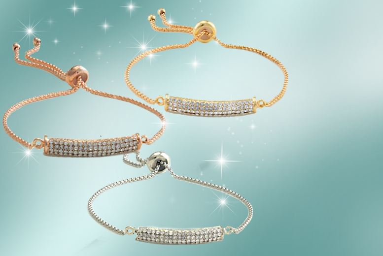 £9 instead of £49.99 for an elegant friendship bracelet made with Swarovski Elements - choose silver, gold or rose gold colour and save 82%