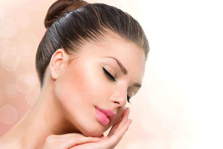 From £19 for a choice of skin pamper packages at iiaa in London, Liverpool, Birmingham or Manchester - save up to 80%