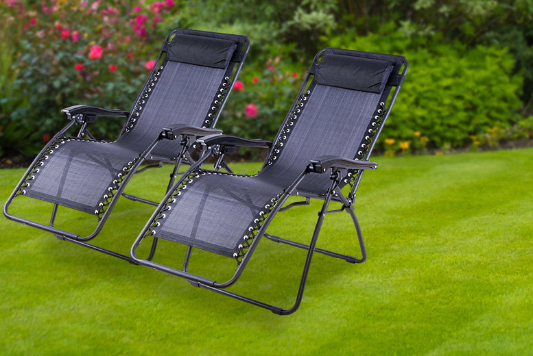 £49 instead of £159.98 (from UK Home and Garden Store) for two textilene zero gravity reclining chairs - save 69%